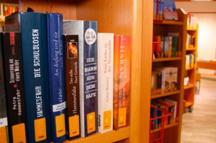 Kath. Öffentliche Bücherei St. Helena