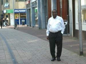 Berichte über unsere Ugandatätigkeiten aus dem Jahre 2002