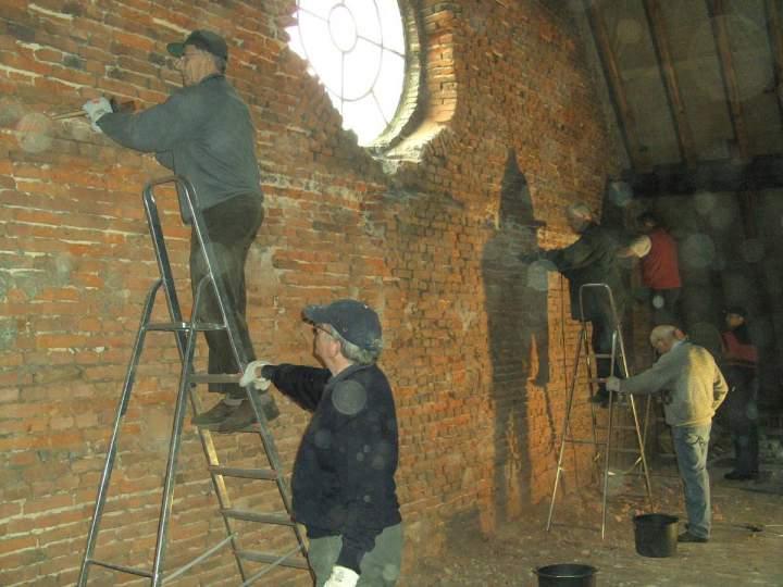 Steine-aus-dem-Jahre-1792-fuer-die-Sanierung
