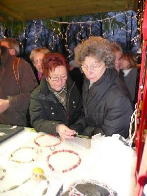 kfd Liebfrauen auf dem Weihnachtsmarkt in Moyland