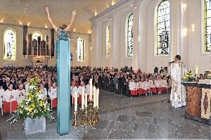 Festhochamt-zur-Wiedereroeffnung-der-Liebfrauenkirche