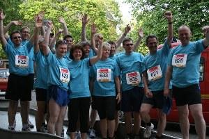 Erfolgreicher-Citylauf-2011-Super-Stimmung-an-der-Strecke
