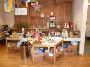 Letzter Adventsmarkt des Bastelkreises Liebfrauen