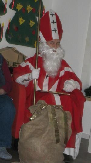 Nikolausfeiern-in-der-Kita-St-Helena