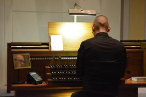 Orgelkonzert der besonderen Art für die Vinzenzkonferenz Heilig Kreuz