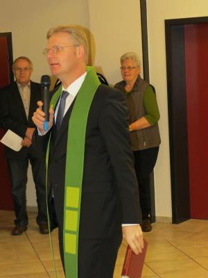 Einsegnung des Bürgersaals und Theke bei Wissing-Flinzenberg in Barlo