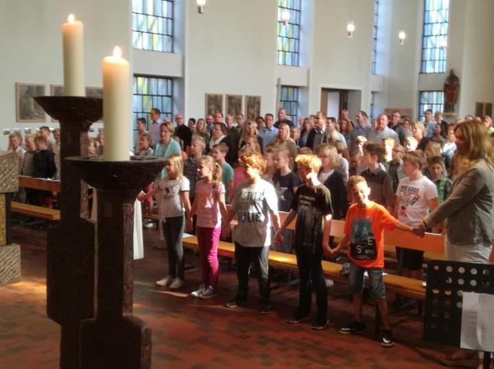 Schule-in-Kirche