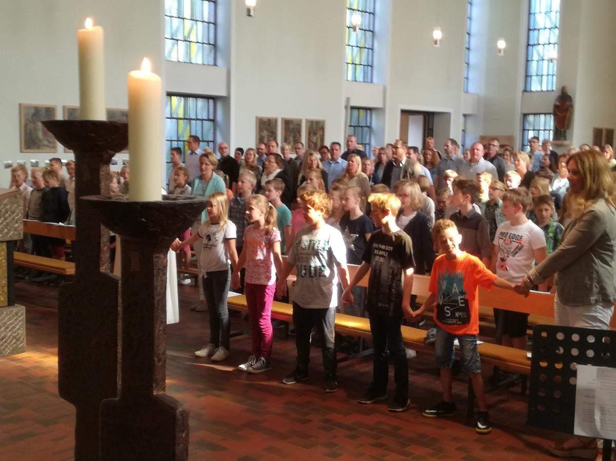 Schule in Kirche