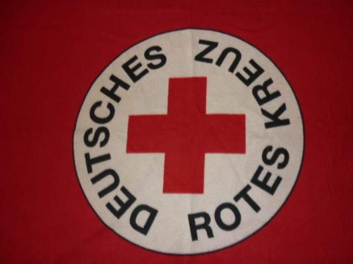 Hl. Kreuz Kita Kinder absolvieren einen Erste Hilfe Kurs beim DRK