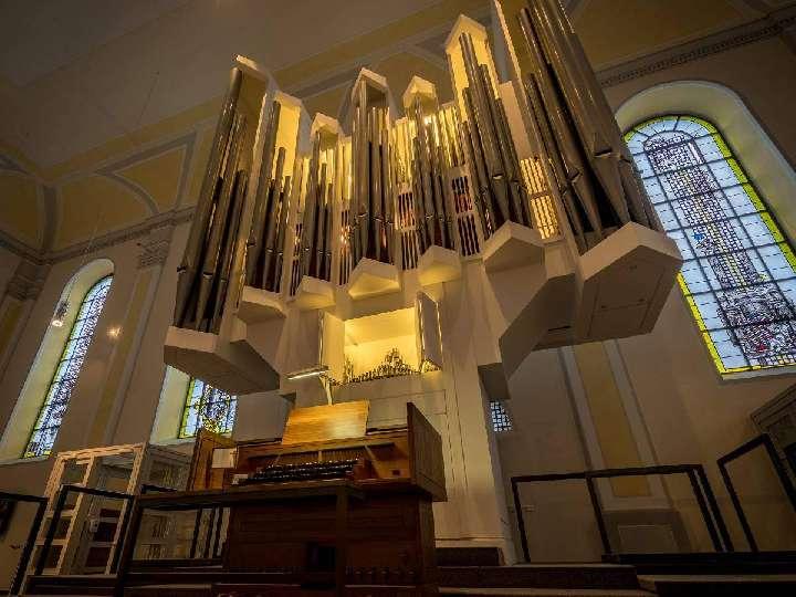 Impressionen von der Reparatur der Orgel der Liebfrauenkirche