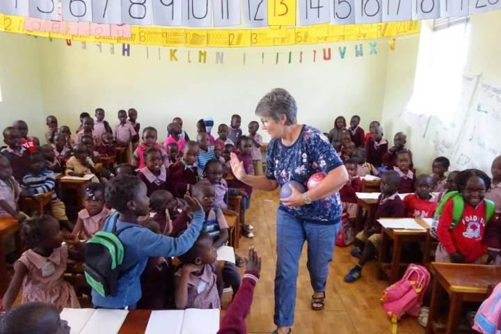 Uganda--Kindergartenbau-im-Endspurt--Spenden-gefragt-