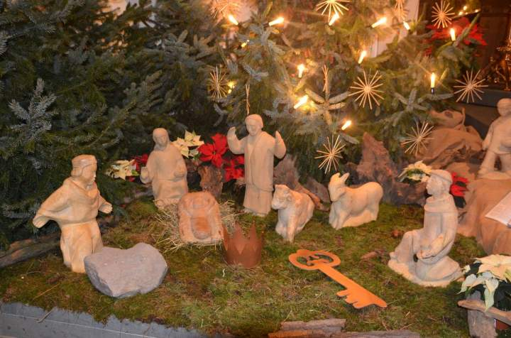 Liebfrauen feiert Weihnachten - mit Abstand am besten –