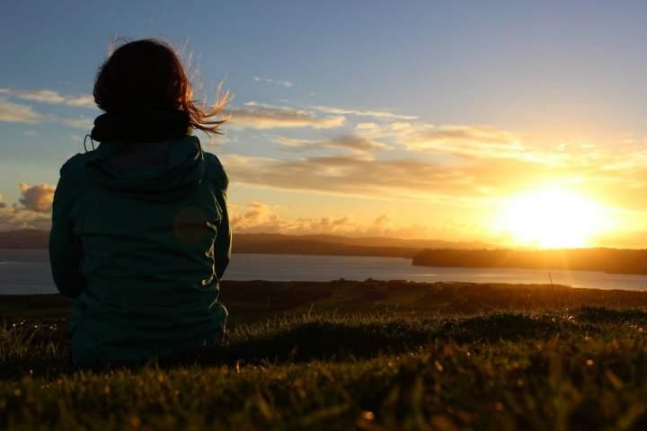 Ein-Weg-der-Meditation-um-Pfingsten--Alltagsexerzitien-online-ICH-BIN-DA