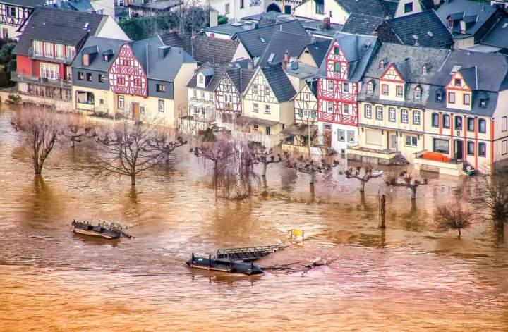 Katastrophenhilfe für Rheinlandpfalz und NRW