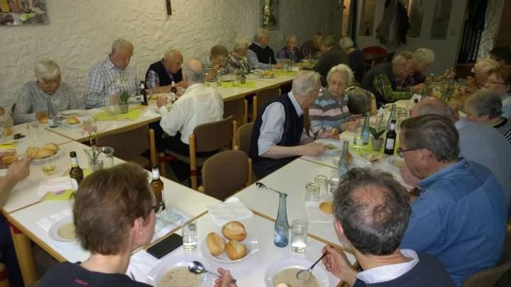 Vinzenztinischer Abend mit Teriete-Suppe