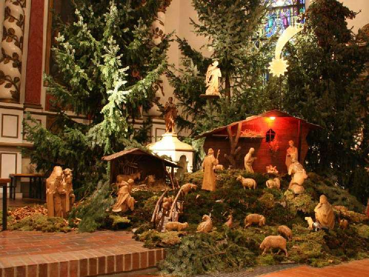 Messfeier am Heiligen Abend mit dem Kirchenchor St. Helena