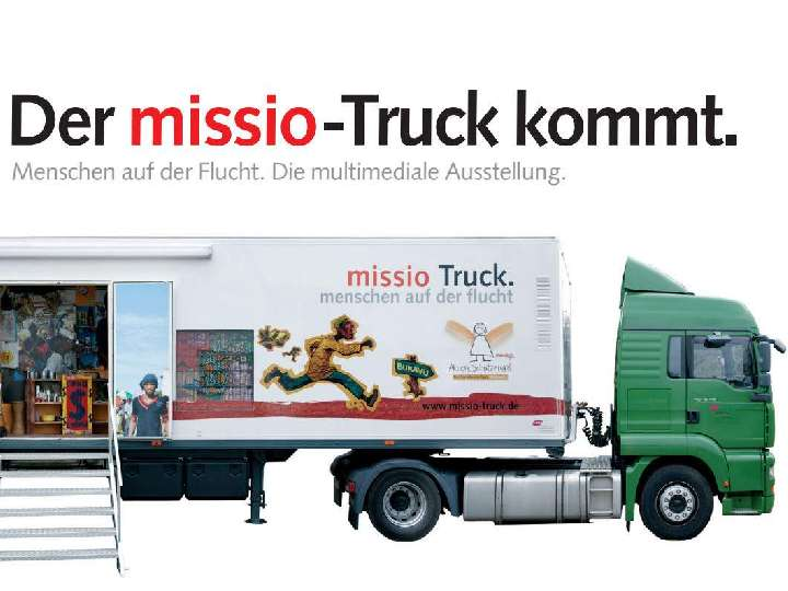 missio-Truck zu Besuch in Bocholt